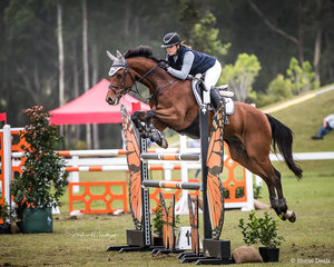 -Erin Buswell and 'Quero Quero'place second in the round in a time of 28.18 sec