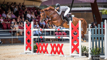 Katie Laurie and 'Cera Caruso' place fourth in the Mini Prix