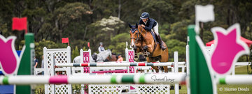 Jennifer Wood and 'Oaks Tinkerbell Tap' secure second place in a time of 29.253 sec