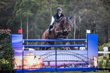 Tesse Cook and 'Heatherton Park Alfonz' place fourth in Round 2 of the Grand Prix with a time of 38.170 sec