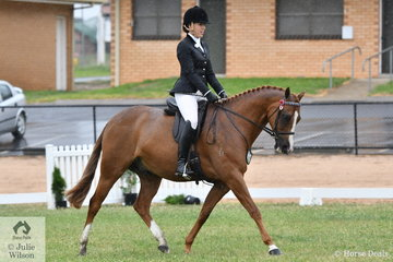 Donna White made the First Season Hack Final with her, 'Archill Mossaic' (15-15.2hh).