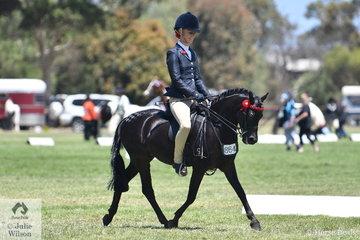Allysse Smith is pictured aboard Rachel Streeter's Australian Pony, 'Joshels Willy Wonka'.