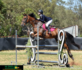 Yandina local, 12 year old Emmy Ravenscroft had her new horse Regal Rock a Stock Horse x Thoroughbred out for their first competition together in the 1.05m Championship on Sunday at the Australia Day Show Jumping.