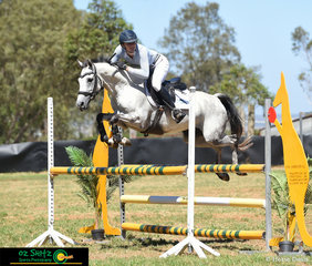 Competing over the Australia Day Championships held in Toowoomba was Emily Ballard and Haizum and they completed a great round in the 1.05m AM5 Championship Class on the final day.