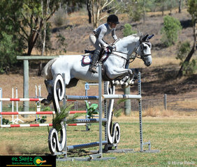In the hotly contested 1.35m class on the final day of the Australia Day Show Jumping Championships saw Cathy Graeme and Twidales Chantilly take the win.