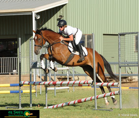 Cassie O'Brien and Diehard Diva spend their weekend in Toowoomba competing at the Australia Day Show Jumping Championships.