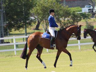 Shae Partridge winner of the 17 - 26 rider