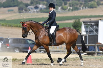 Courtney Bird rode, 'Bellarusian' to win the Ring 2 class for Hack 15.2-16hh and go on to take out the Hack Reserve Championship.