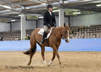 FRAN CHRISTIAN WINING THE SELECT HUNT SEAT EQUITATION RIDING TRIANDIBO INCEDE