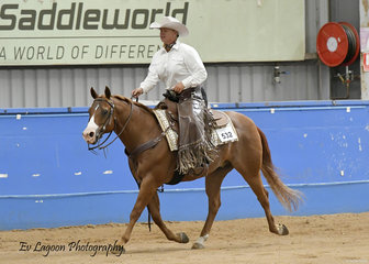 KAILIE MUDGE RIDING DENNYS ROYAL CUTTER IN THE ALL AGE RANCH RIDING