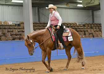 KERRY ROLLINS COMPETING WITH SHADOWVALLEY ICE COLD KISS IN THE AMATEUR JUNIOR HORSE TRAIL
