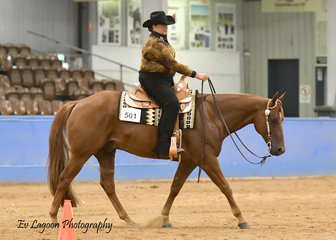LEONIE GORSKI RIDING YLS LOOK WHOS LAUGHIN IN THE SELECT AMATEUR WESTERN HORSEMANSHIP