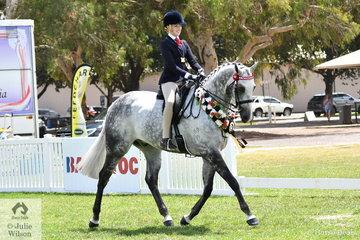 Kaitlan Labhan-Meyland rode Michelle Labahn's beautiful , 'Rolex II' to claim the 2019 Barastoc Child's Large Hack Championship.
