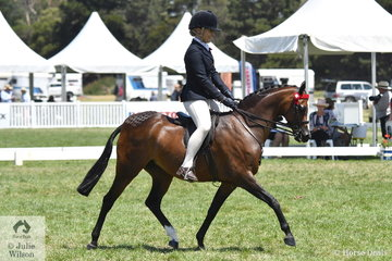 Indianna Shepheard rode her, 'Emyella Touch of Heaven' to claim the 2019 Barastoc Medium Pony Reserve Championship.