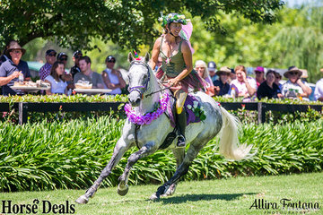 Riddles the Unicorn with Lyndal Yelavich the fairy looked amazing in their costumes.