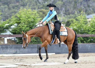 COWBOY CODE RIDDEN BY ANNALISE KETTLE IN THE TRAIL CLASS