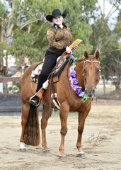 GEORGIA WEAVELL RIDING SPRINGVALE GOLD N RULE, WINNER OF THE ALL AGE FEATURE TRAIL
