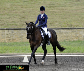 Riding at the Sydney International Equestrian Centre and competing in the EvA60 Division D Junior class of the Sydney Eventing Summer Classic was Amelia Dart and Sir Sailor.