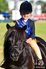 Maddison Pengelly winner of smartest on parade under 8 riding Tara Park Manhattan