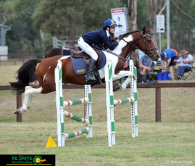 After a clear round in the 90cm secondary show jumping class, Madeleine Snell and Mingra Flash compete in the 90cm jump off on day four of the NSW Interschool State Championships.