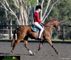 Looking very smart in the Show Hunter Secondary class is Jessica Callus and Catwalkangel, riding on day five of the NSW Interschool State Championships.