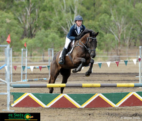 Jumping around the EvA80 course on the final day of the show was Laura-Grace Nicholls riding Boorodabin Eclipse.