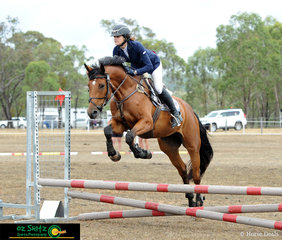 Having some fun at Warwick over the weekend was Lisa Rink and PH Caruso and they competed in the EvQ60.