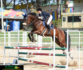 Kirstie Ansell and Tulara Stolensky were one of the first comibinations on course at the 2019 Warwick Show