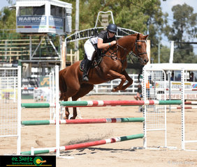 Kylie Zabel and Stratten Oakmont made a great partnership in 1.10m - 1.20m Welcome Stakes on the second day of the 2019 Warwick Show.