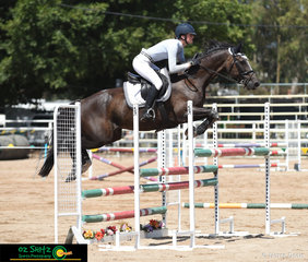 Compeiting in the QLD State Country Junior Championship was Emily Ballard on Bramley Star.
