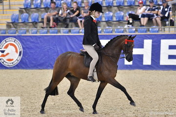 Kate Kyros from South Australia rode her own and the Universal Stables nomination, 'Braeburn Heavenly Soprano' to make Langtree Child's Small Pony Championship Top Ten.