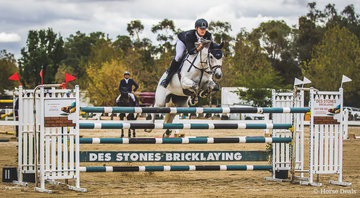 The feature event of the weekend, the  Betty McVean Memorial Grand Prix was taken out by Elliot Reed (NSW) and  Avenden Indigo in a sharp time of 48.49 from James Harvey and Tyrone VDL 49.14 and an impressive 3rd Jacob Wells and Cobra De Capella 49.14