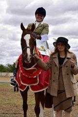 Judge Sharon Perkins with Supreme Champion Show Hunter, R. Hunt's Elmcroft Huntingdale, ridden by Jana Poppe.
