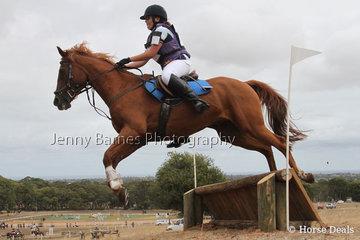 C Raymond riding Kieraleigh Leolena