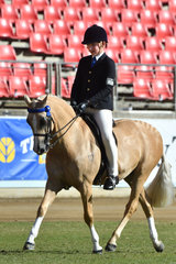 Jack Jackson from Queensland rode well to win the class for Boy Rider 12-15 Years.