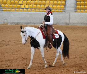 Justa Promise and Janelle Thomas performed a great workout in the Junior Ranch Versatility Pleasure class on the first day of the 2019 Paint Horse National Show.