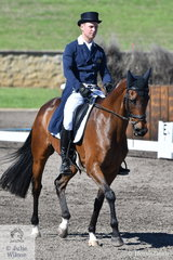 Andrew Cooper rode his Thoroughbred Hunters Hill to fifth place after the dressage phase of the Macarthur Automotive CCI4*-L.