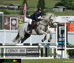 On Day 2 of the Aquis Champions Tour, Lorna Cliford recieved a win on Glenormiston Christie with a speedy time of 23.09 in the second phase of her round in the GeoPro 80cm class. She also recieved a 5th place in the same class on her other pony Quamby Park Star Show.