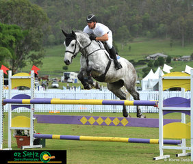 In the 240 Electrical 1.15m class was Billy Raymont on YPH Picasso in at the Aquis Champions Tour Day 2..