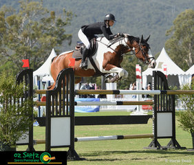 Sydney based rider Coco Dulhunty and her 10 year old Warmblood, Wallaroo Carnival went double clear in the Mini Prix unfortunately just missing out on the placings