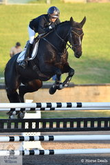Annabel Armstrong rode the Thoroughbred Quaprice to win the MacArthur Automotive CCI4*-L.