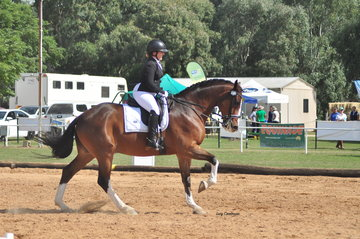 The Illusionist ridden by Hannah March
