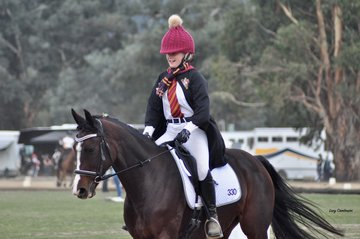 Gelysium Star ridden by Bridget Schereck brought a Hogwart's Harry Potter theme to their Freestyle performance.