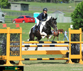 Nicky Meredith navigates Xmas Eve around the 5 Year Old Horse Finals with ease at the 2019 AQUIS Champions Tour.