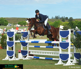 Competing in the 1st Qualifier of the Progressive Rider was a combination made up of Tim Bowman on Calaza Park Ellibell