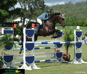 Rebecca Jenkins competes Bradun Park Hughie in the Rising Stars class at the 2019 AQUIS Champions Tour.