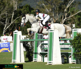 Courtney Tinknell competes Screwdriver in the 2nd Qualifier of the Young Rider at the AQUIS Champions Tour.