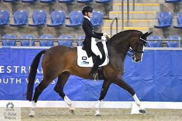 Jemma Heran from Queensland rode her imported Hedelunds Mefisto to forth place in the Mulawa Performance FEI U25 Inter. II.