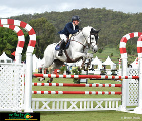 With the ride on Charlemagne Ego Z owned by David Finch, Tom Keable had a lovely round in the Junior Tour 1st Qualifier.