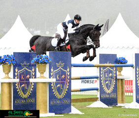 As the heavens opened in the Canungra Valley, Melody Matheson and Graffiti MH made their way around the 1.50m Gold Tour 2nd Qualifier